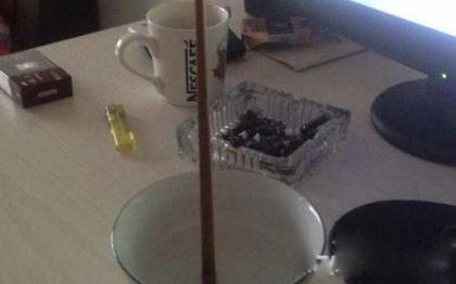 揭秘山村诡异的立筷子之谜 驱邪送鬼?