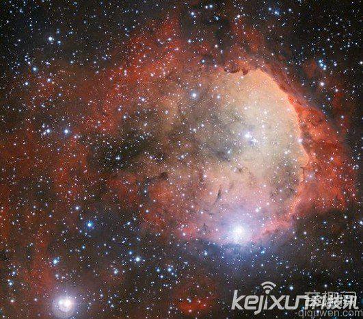 """宇宙大爆炸10亿年后或出现""""恒星婴儿潮"""""""