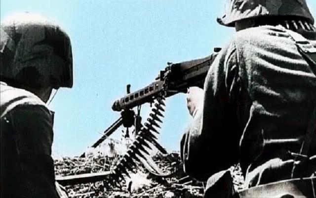 二战苏联270号命令有多恐怖?迅速扭转战争局势,德军都被打怕