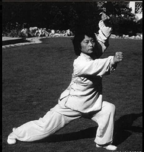 """新中国五位女侠,第一位曾拳打鬼子兵,最后一位号称""""武圣之女"""""""