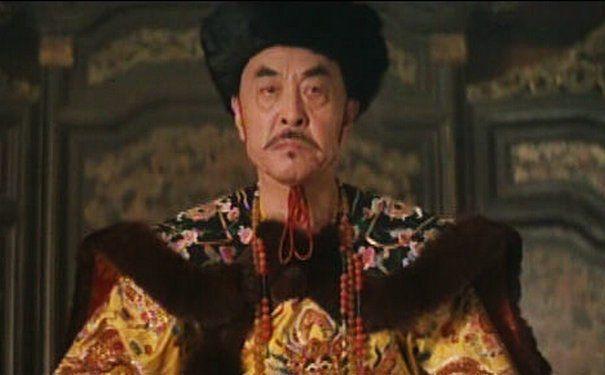 道光帝龙袍打个补丁,花费3000多量银子!康熙:朕的袜子怎么说