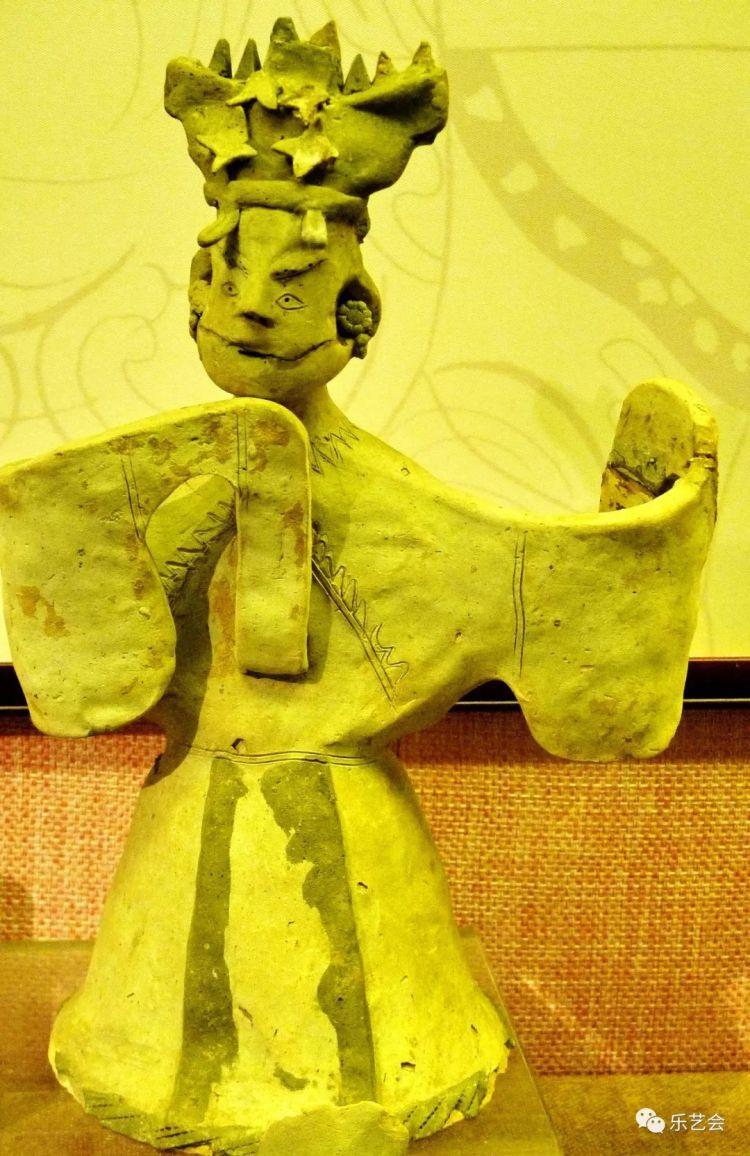 从顶灯胡人到大眼天王:广州博物馆造像欣赏