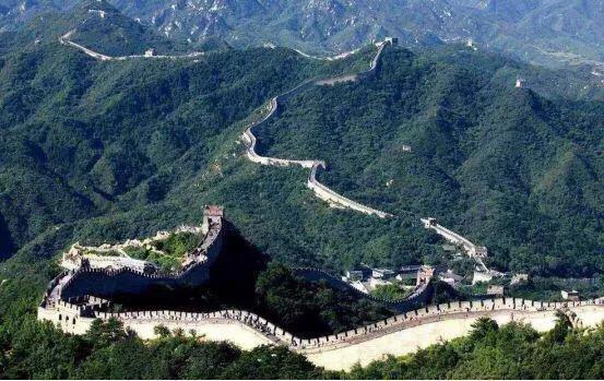中国长城到底有没有用,西方学者一针见血:长城真害惨了欧洲